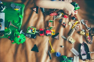 Top 5 Toys to Keep Your Kids Focused