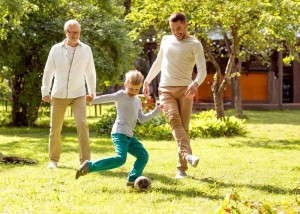 10 Garden Games You Must Play With Your Kids_football
